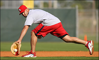 Albert_pujols_021407_chris_lee_post_disp
